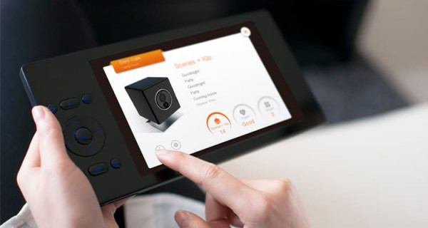 B-Ware OOMI Home - Cube + Touch + Ladestation, Z-Wave Plus